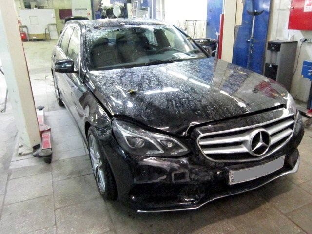 Mercedes-Benz E220 после дтп