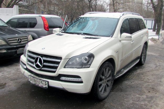 Mercedes-Benz GL350 CDI замена лобового