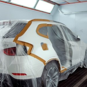 Кузовной ремонт крыла и двери на BMW X1 E84