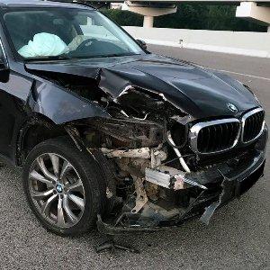BMW X5 F15: кузовной ремонт после ДТП